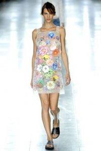 Модные тенденции: платья весна-лето 2012